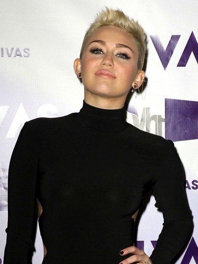 VH1 Divas 2012 held at The Shrine Auditorium - Arrivals