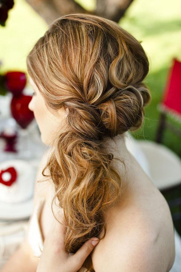 peinado de novia ladeado