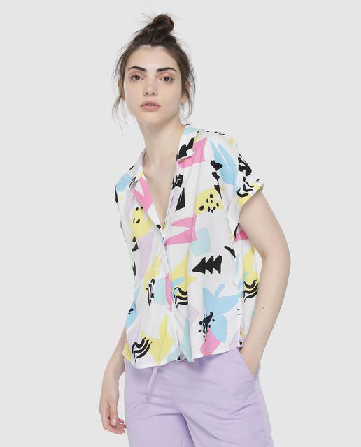 rebajas-el-corte-ingles-camisa-tommy-jeans-estampado-geometrico-elcorteingles