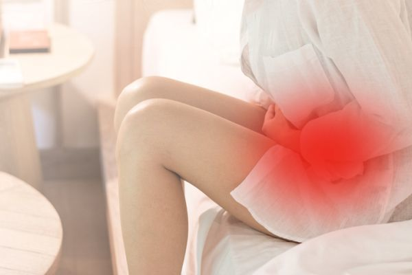embarazo-abdominal-causas-sintomas-peligros-istock3