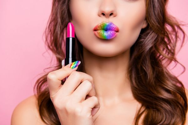maquillaje-colores-neon-istock5