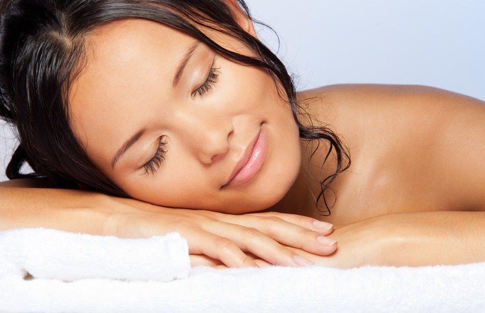 Es malo para la salud dormir con el cabello mojado