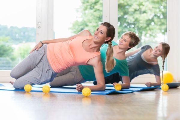 ejercicios-para-fortalecer-el-suelo-pelvico-sobre-codo-istock