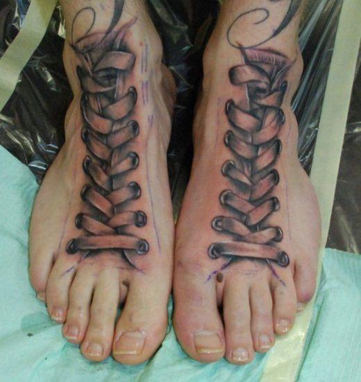 tatuajes-en-el-empeine-cordones-lefrontal