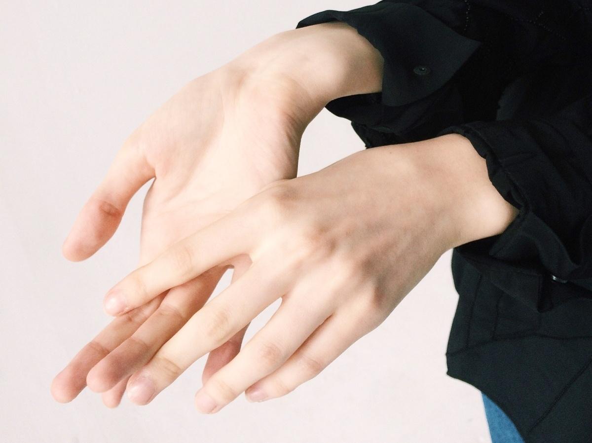 cuidar la piel sensible con agua micelar