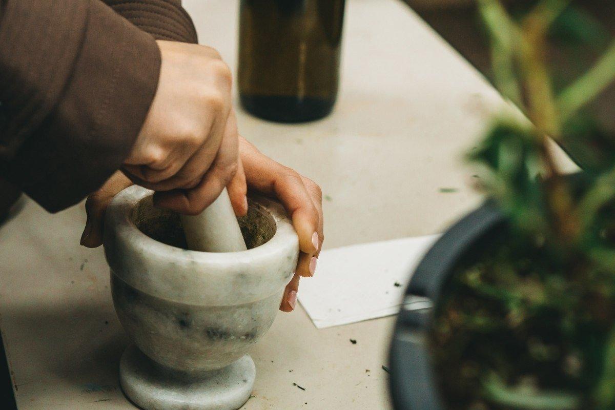 aceite de jojoba y agua micelar casera
