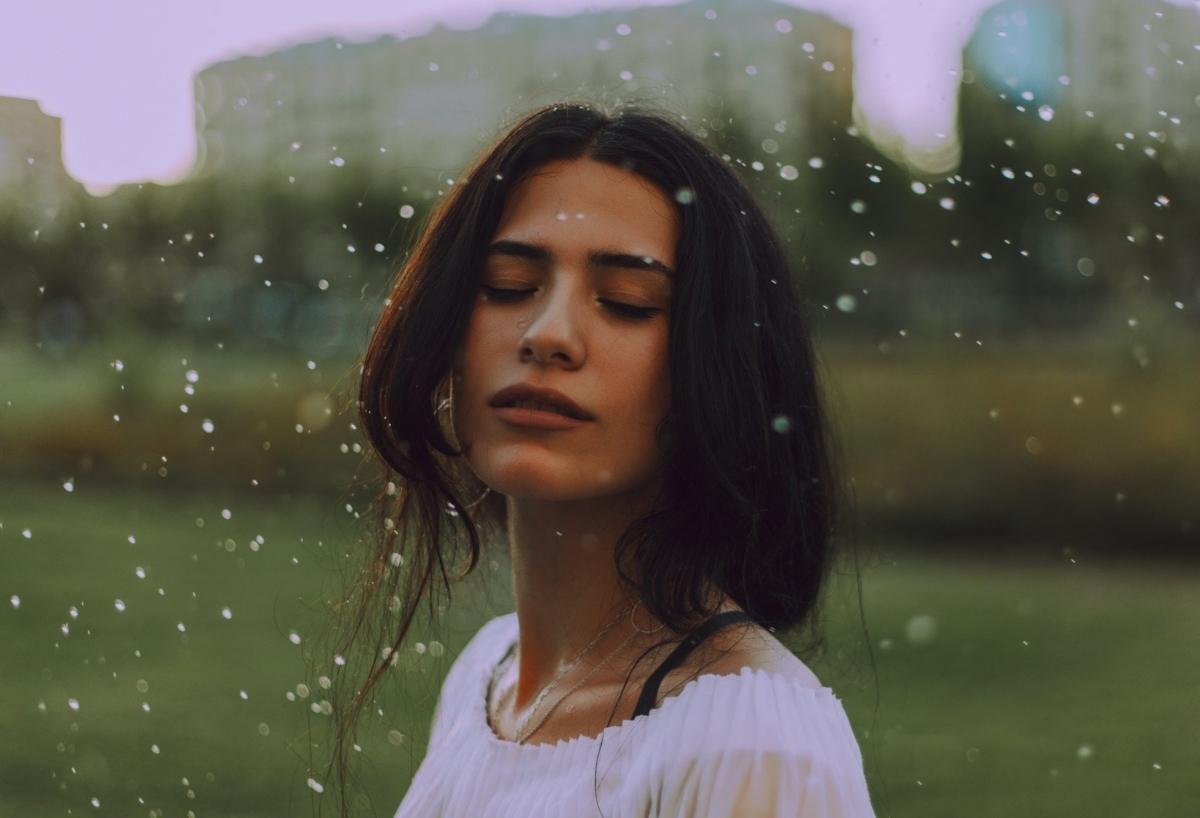 agua limpiar piel dos veces al día