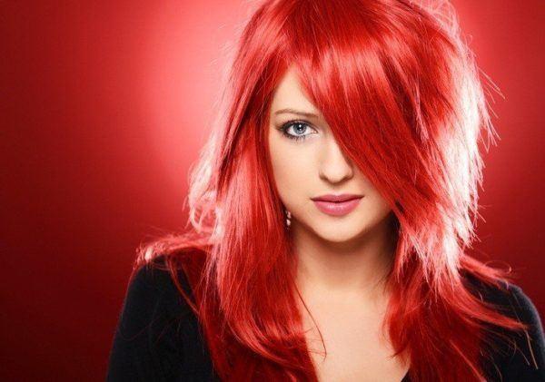 Cortes de pelo cara redonda pelo rojo