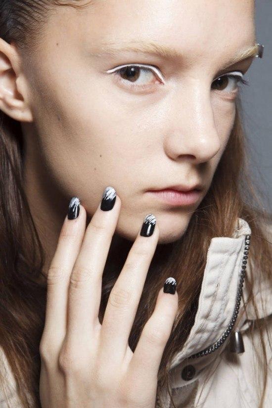 fotos-de-manicura-2014-uñas-negras