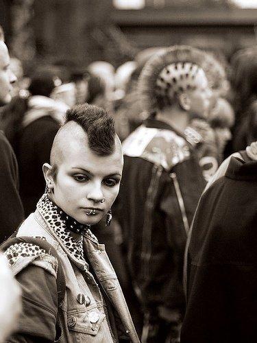 girl-corte-punk