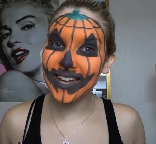 maquillaje-para-halloween-2014-calabaza-mujer-detalles-negro